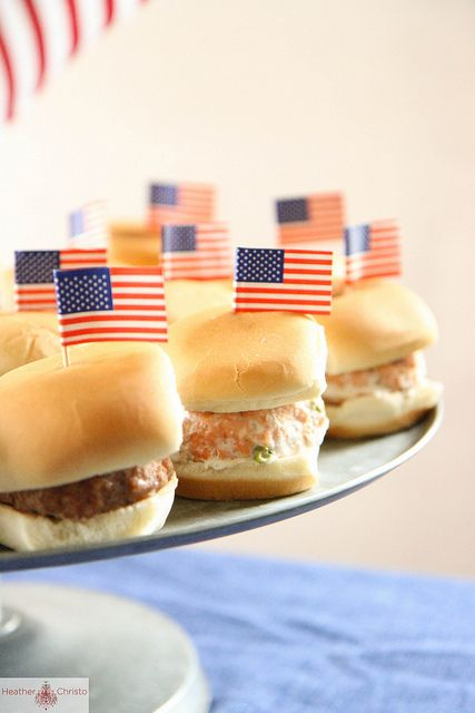 burgers, fourth of july barbecue, fourth of july ideas